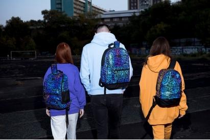 Светоотражающие рюкзаки: зачем они нужны?