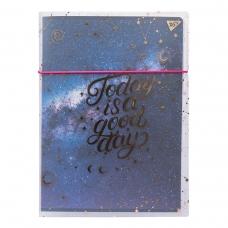 """Тетрадь А4/48 кл. в пластиковой папке с рисунком с фольгой """"COSMOS"""" YES"""